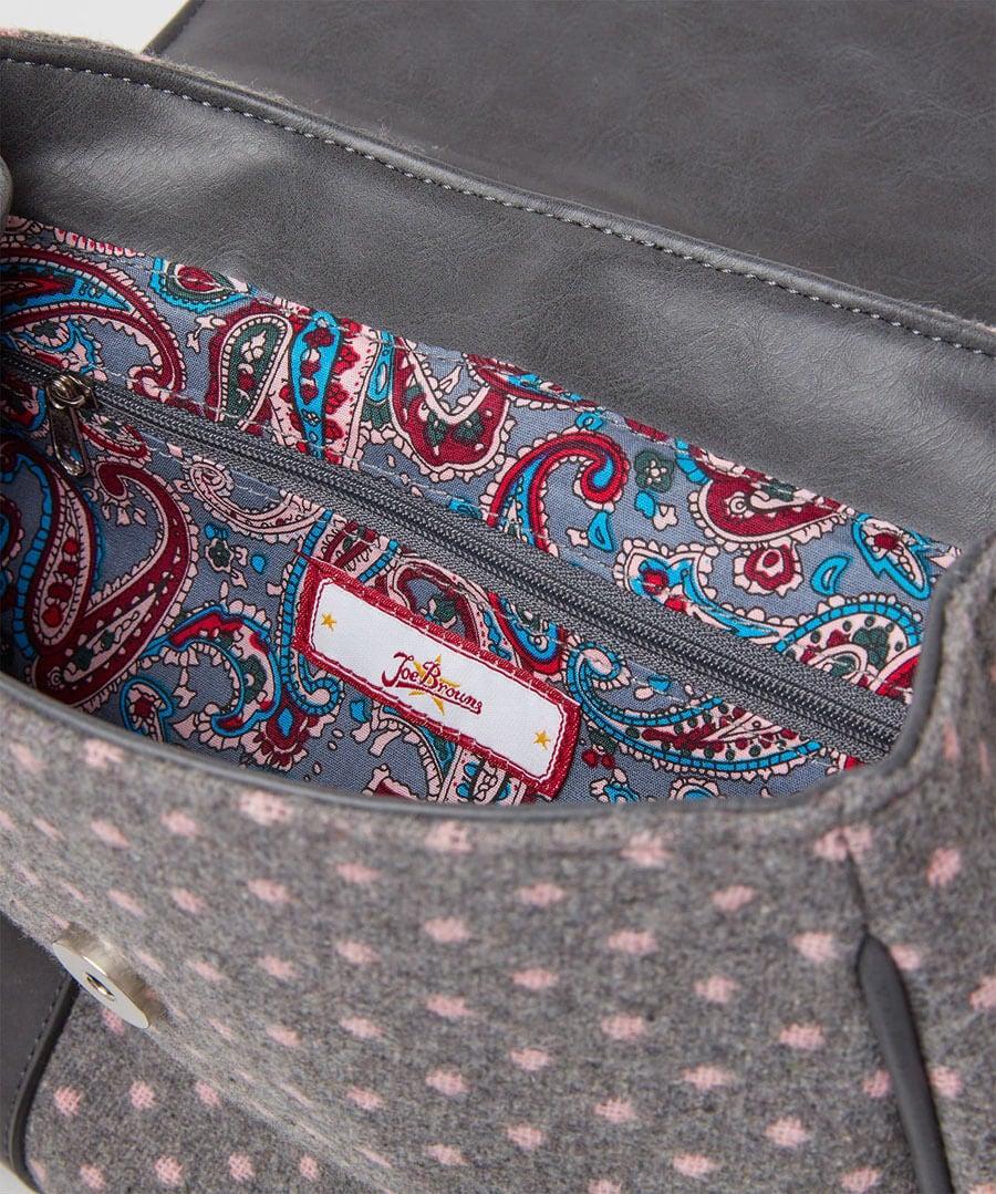 Vintage Spirit Bag Model Back
