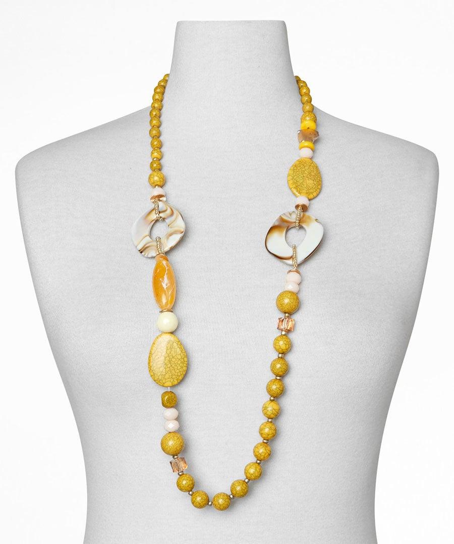 Sensational Stone Necklace Model Front