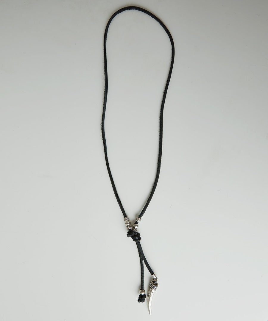 Instanbul Leather Necklace Model Front