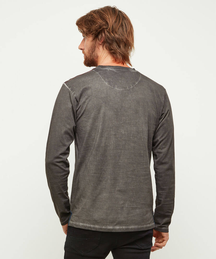 Ultimate Henley Model Back