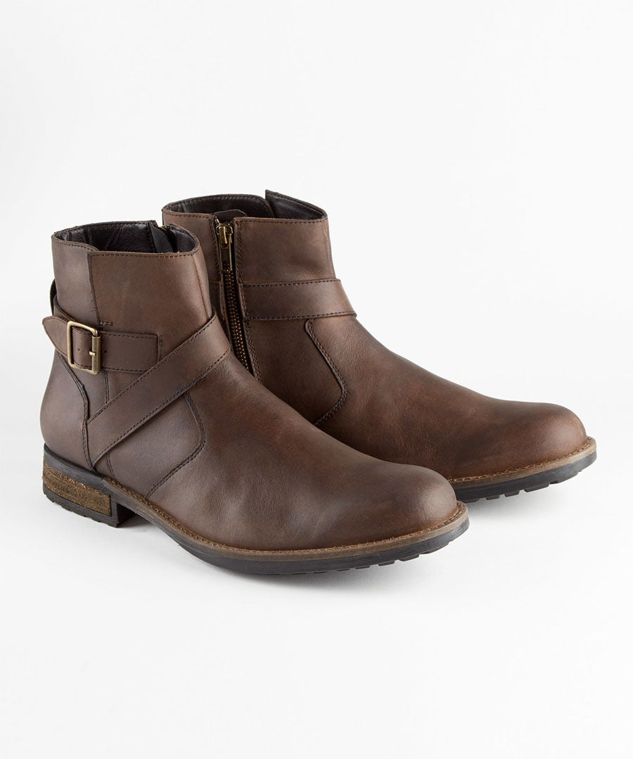 Oiled Leather Biker Boots Model Front