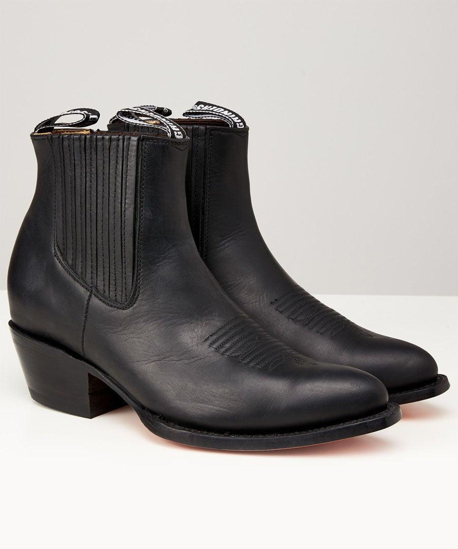 Grinders Maverick Boots Model Front