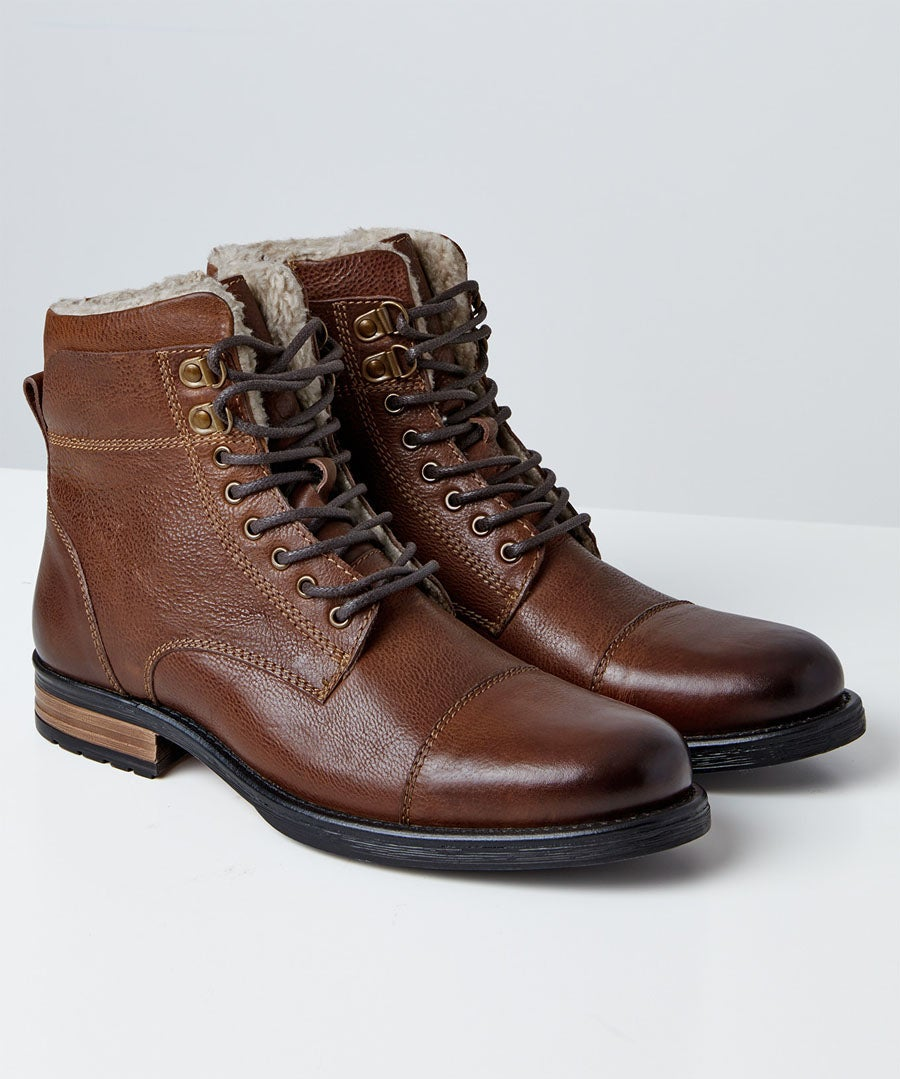 Aviator Leather Boots Model Front