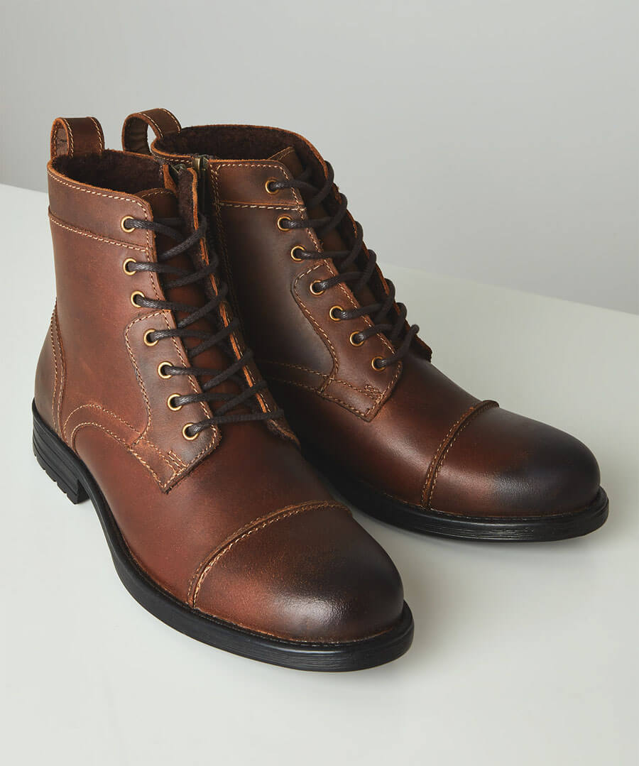 Mens Vintage Shoes, Boots | Retro Shoes & Boots Oiled Top Stitch Boots $65.00 AT vintagedancer.com