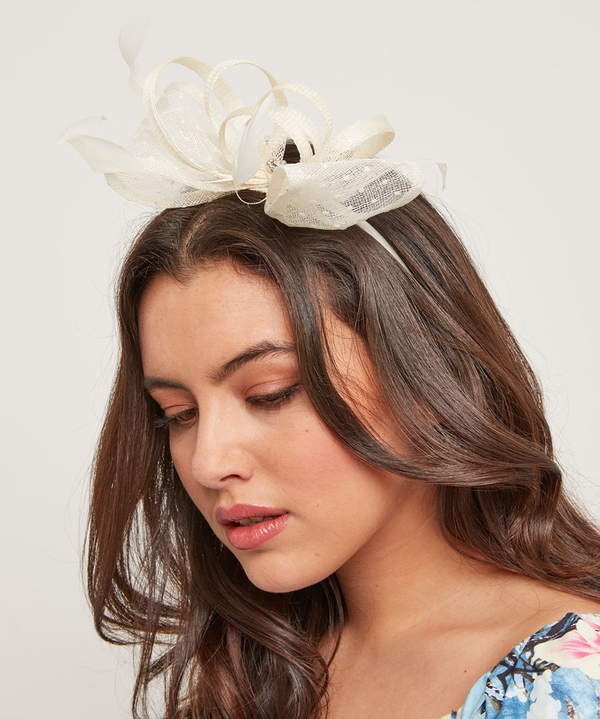 Fit For The Occasion Fascinator