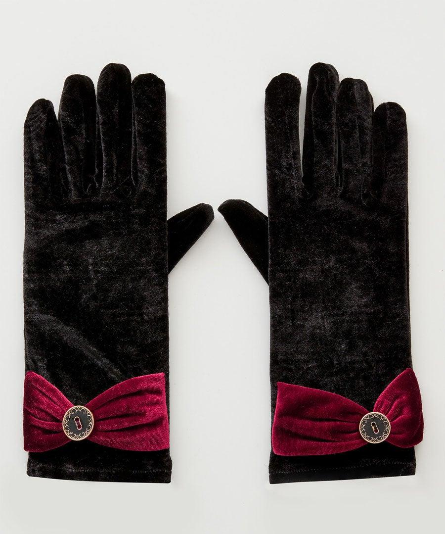 Mystery Velvet Gloves Model Front