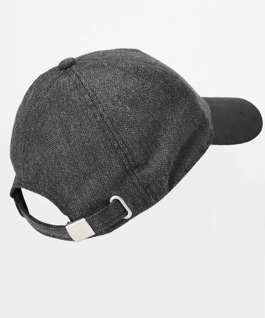 Heath Peak Cap Model Back