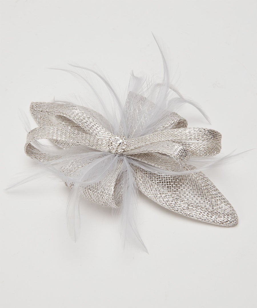 Gatsby Fascinator Clip Model Front