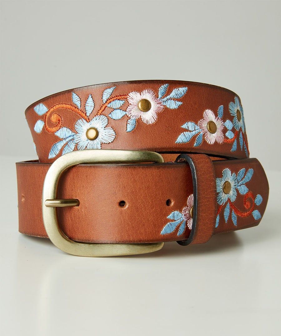 Stunning Embroidered Leather Belt Model Front
