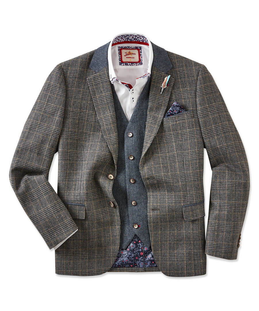 Complementary Blazer Model Front