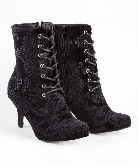 Chrissies Favourite Velvet Boots