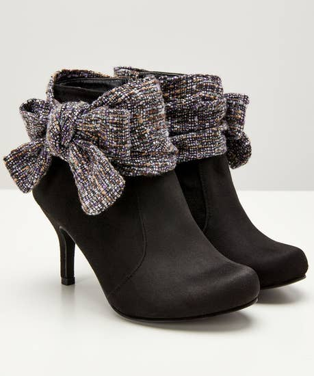 Boutiquey Bow Boots