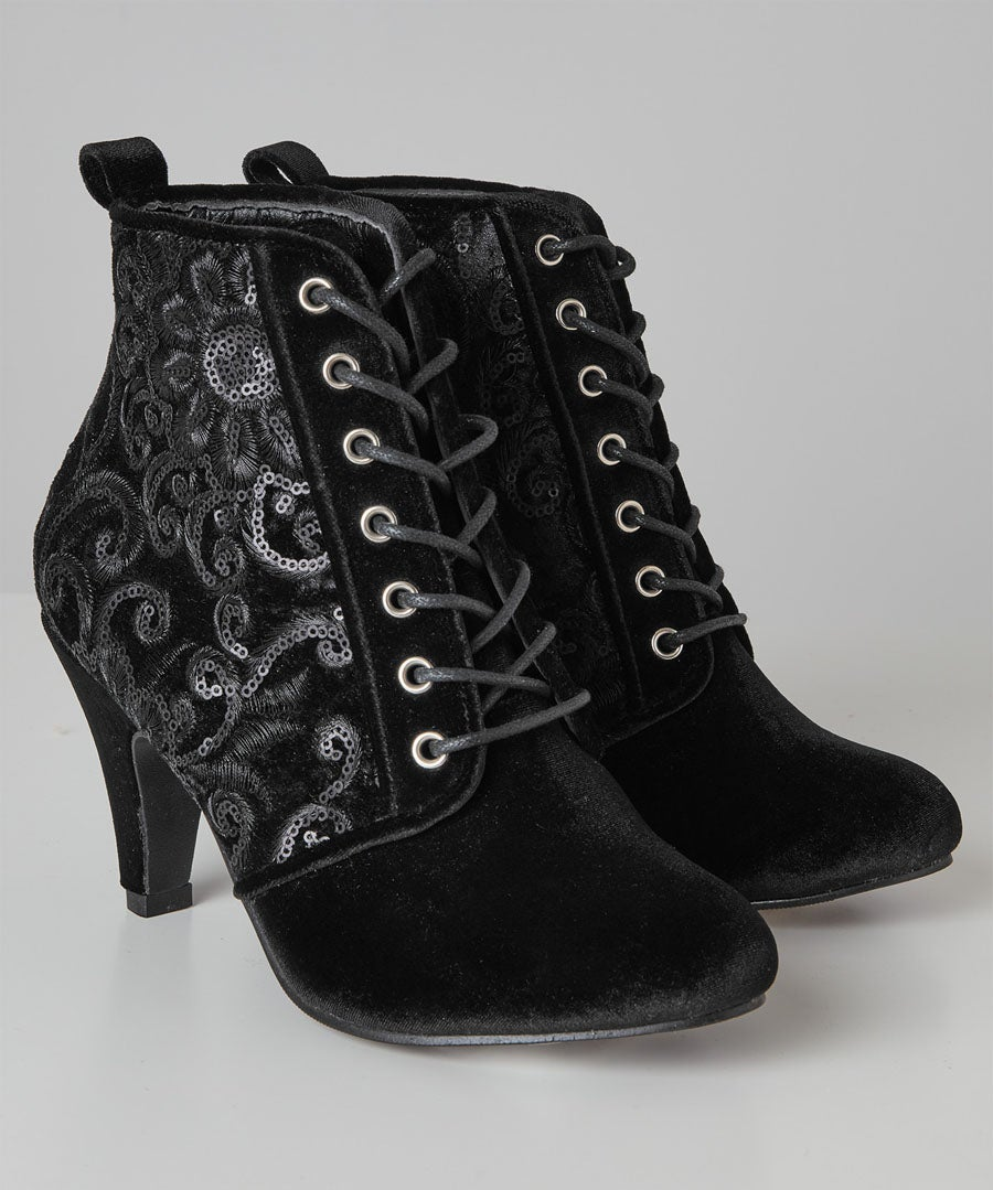 Always Fabulous Velvet Boots Model Front