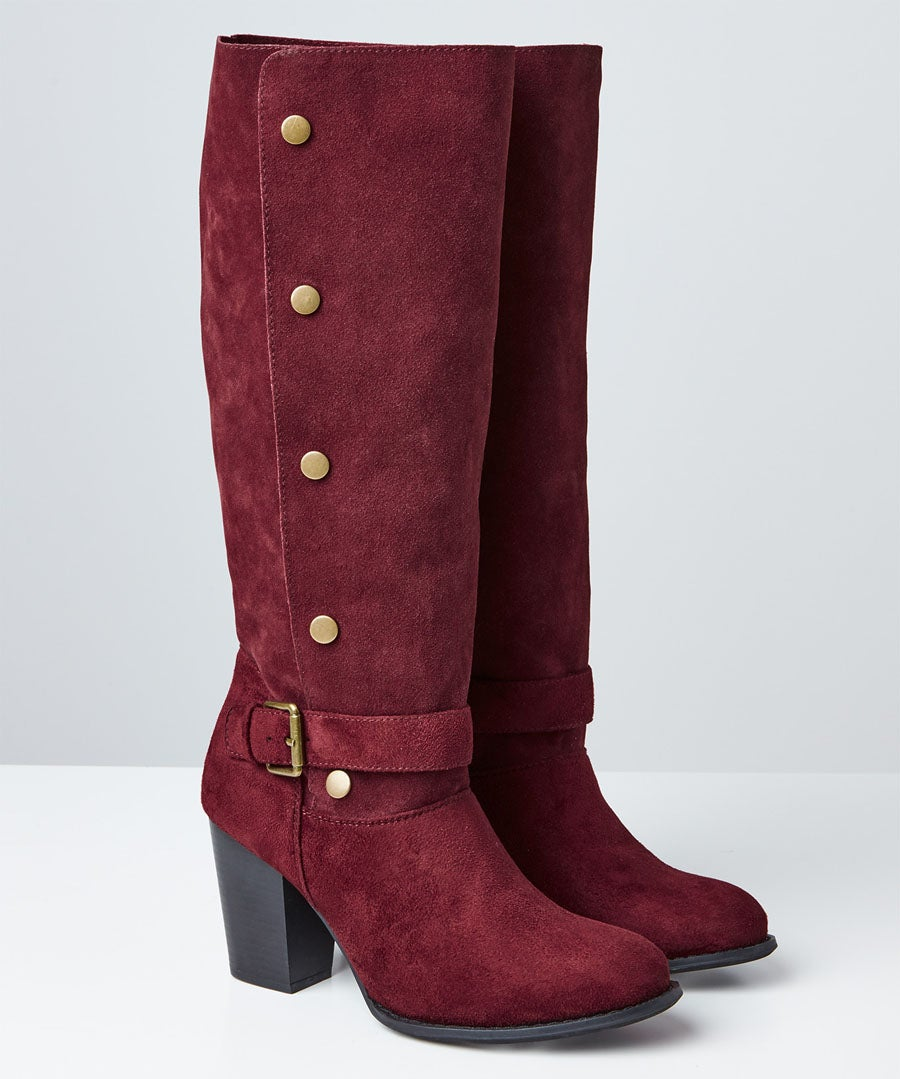 A Bold Twist Popper Boots Model Front