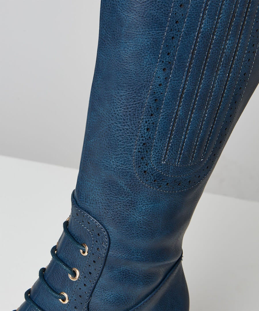 Very Victoriana Long Boots Model Back