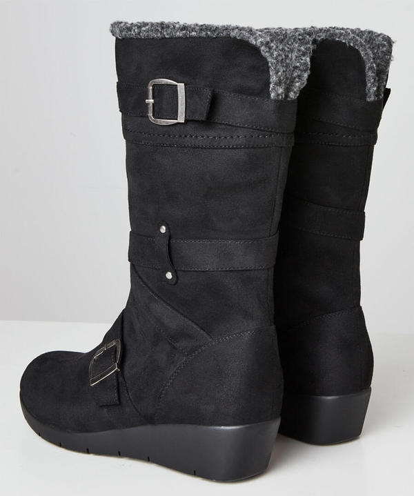 Snazzy And Snug Wedge Boots
