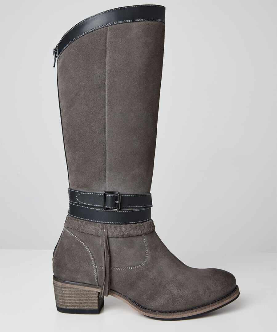 Beautiful And Boho Leather Boots