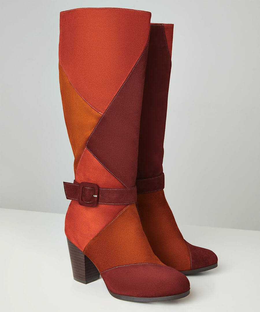 1960s Shoes: 8 Popular Shoe Styles Spice It Up Long Boots $60.00 AT vintagedancer.com
