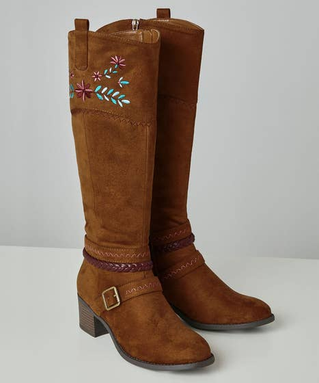 California Dreams Embroidered Boots