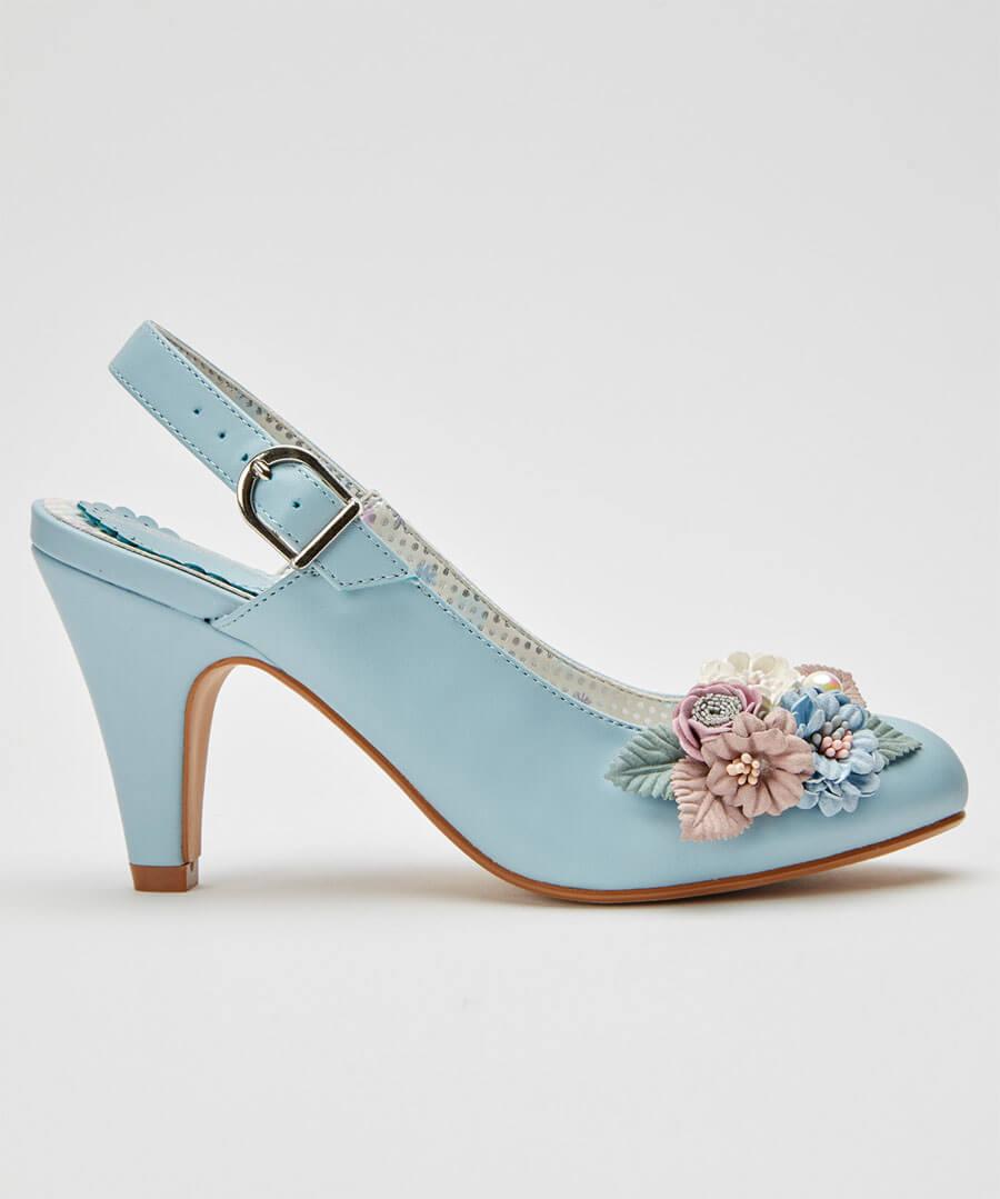 Field Of Flowers Shoes Model Back
