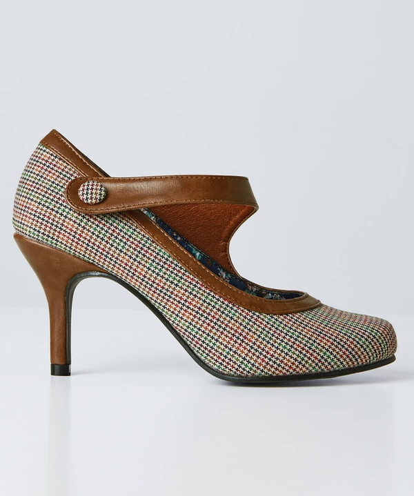 Vintage Vibe Twist Strap Shoes