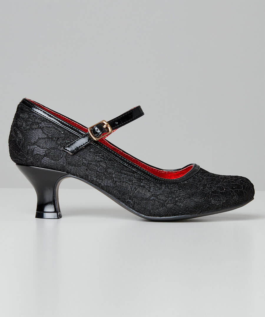 Lovely Lace Vintage Shoes