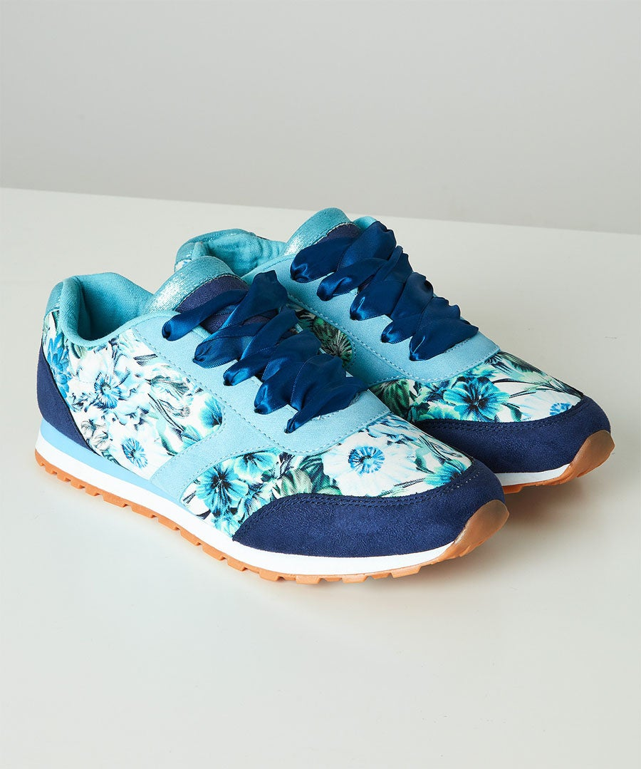 Funky Mix Casual Trainers Model Front