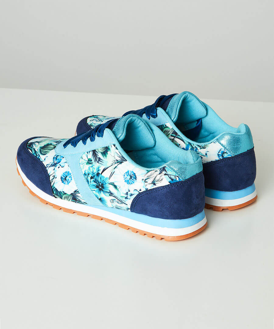 Funky Mix Casual Trainers Model Back