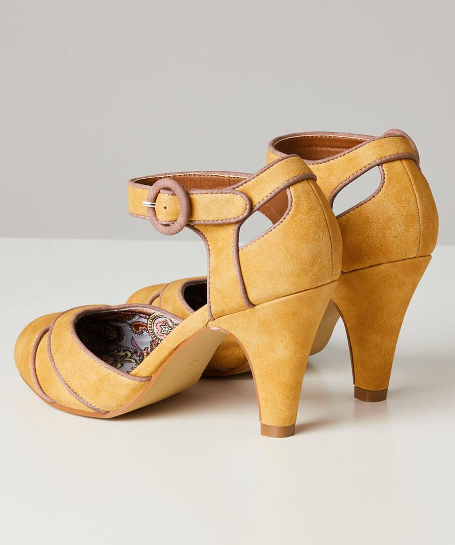 Twilight Cafe Shoes Back