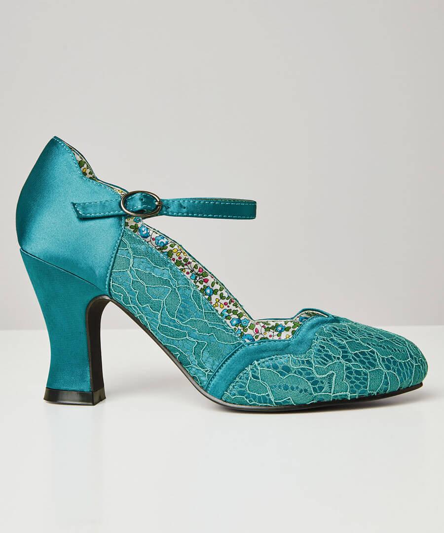 Montrose Vintage Lace Shoes