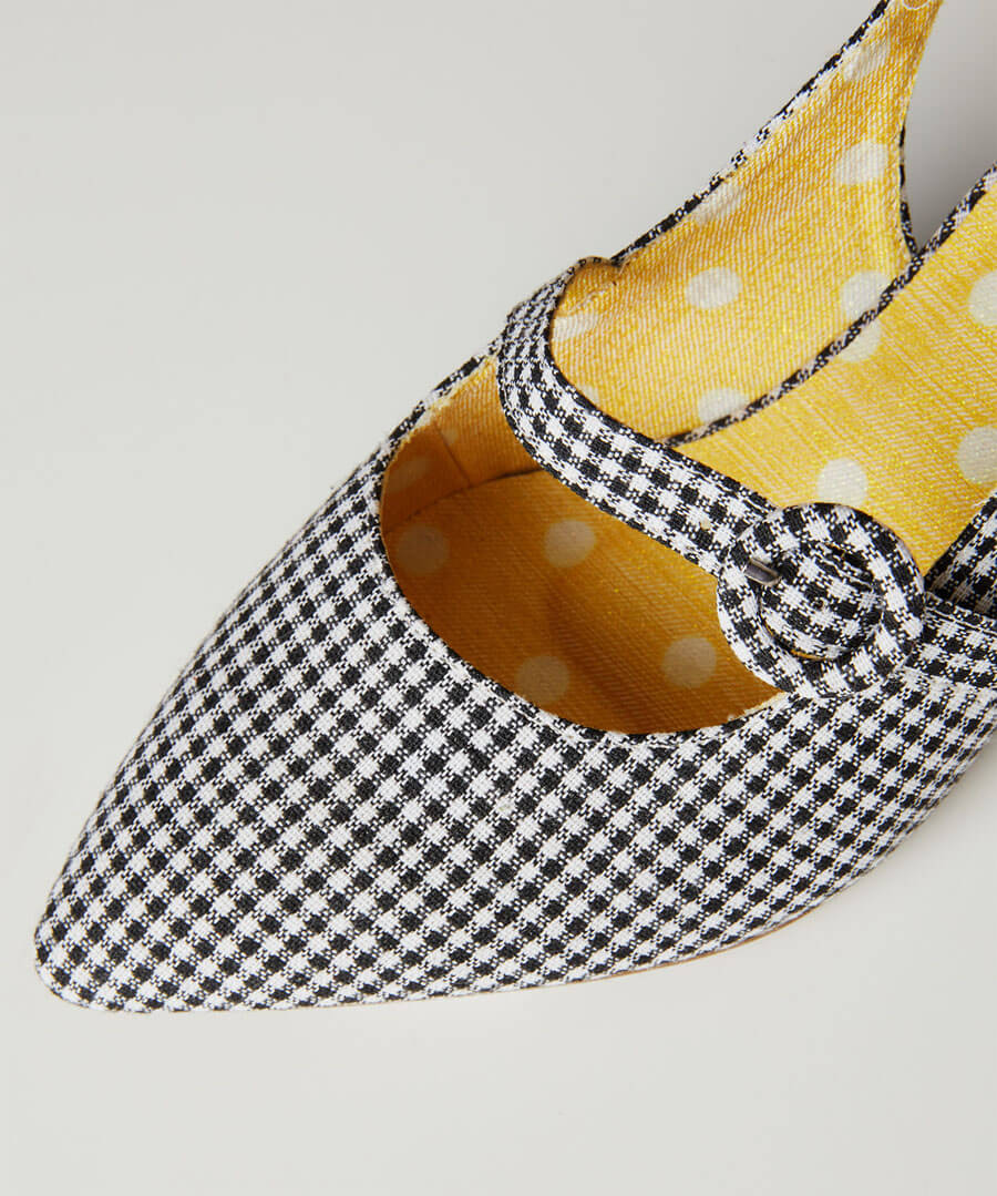 Speak Easy Strappy Shoes Model Back
