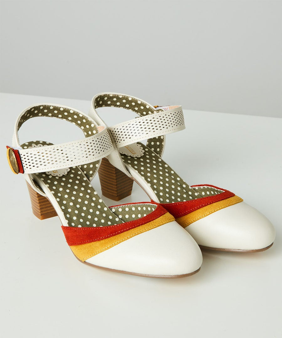 Maries Vintage Style Shoes Model Front
