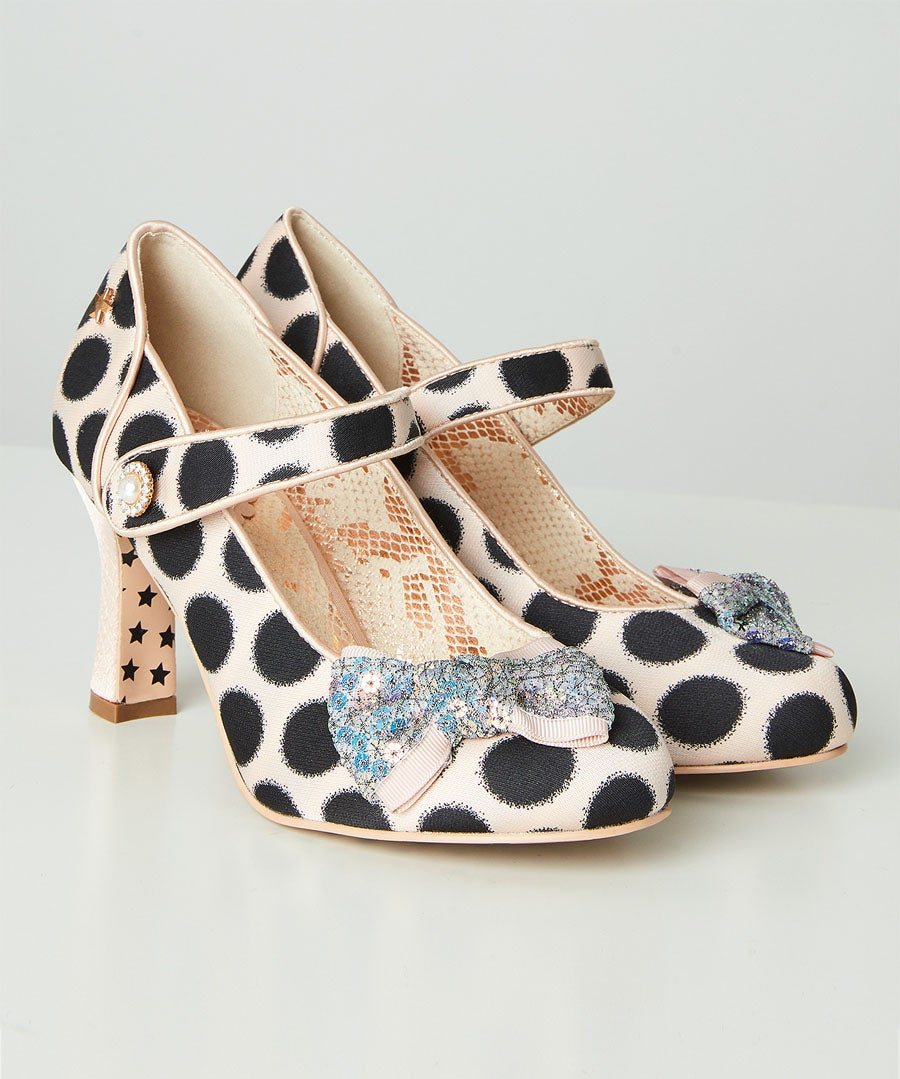 Evelyn Couture Shoes Model Front