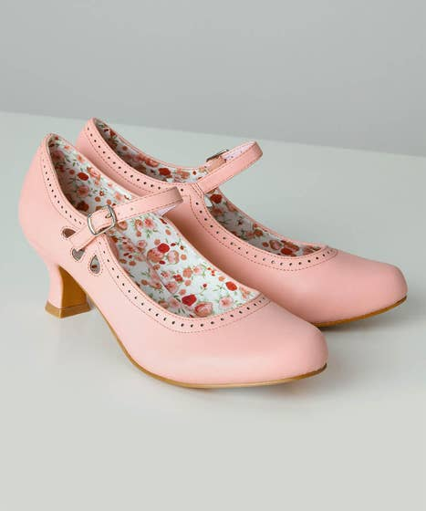 1950s Shoe Styles: Heels, Flats, Sandals, Saddle Shoes Sweet On You Shoes $48.00 AT vintagedancer.com