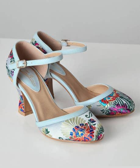 1950s Style Shoes   Heels, Flats, Boots Singapore Sunset Shoes $48.00 AT vintagedancer.com