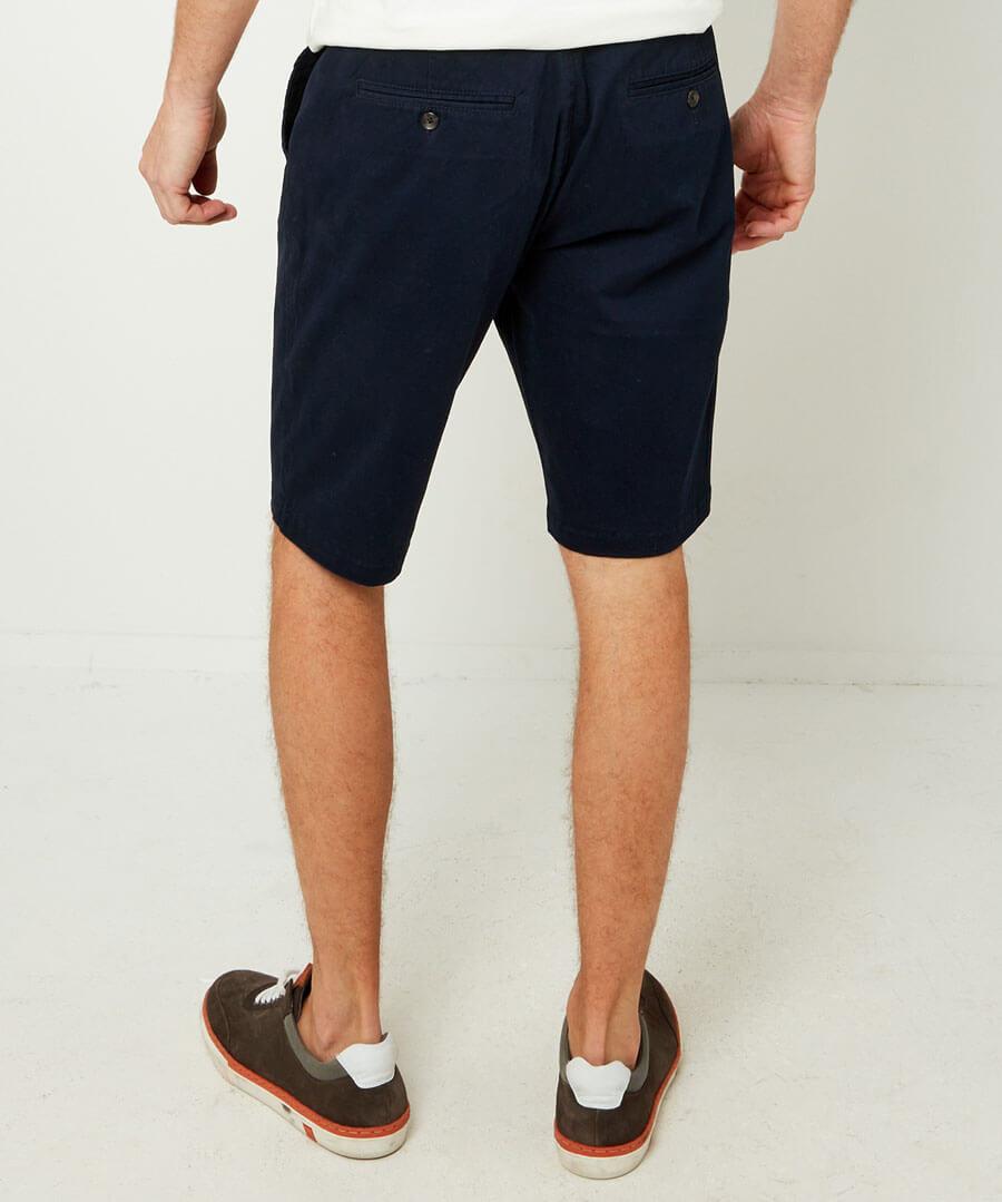 Style Up Summer Shorts Model Back