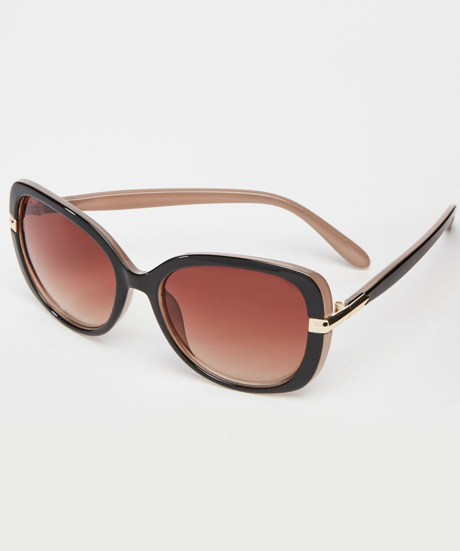 Milky Brown Glam Sunglasses Model Front