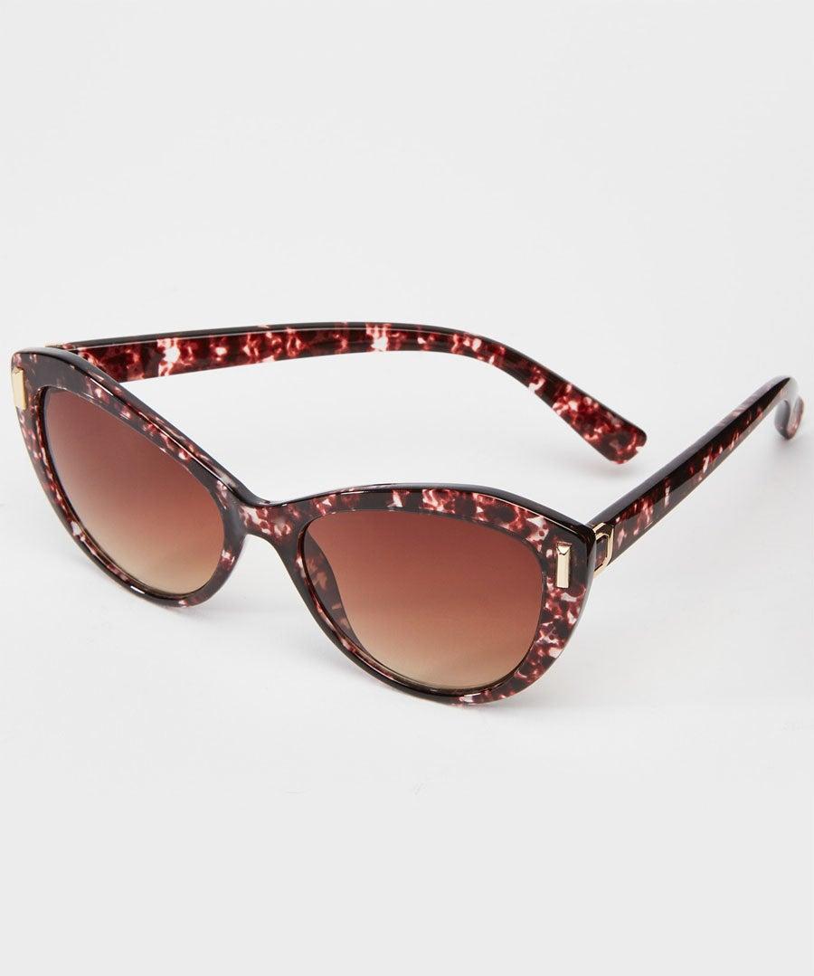 Retro Soft Camo Sunglasses Model Front
