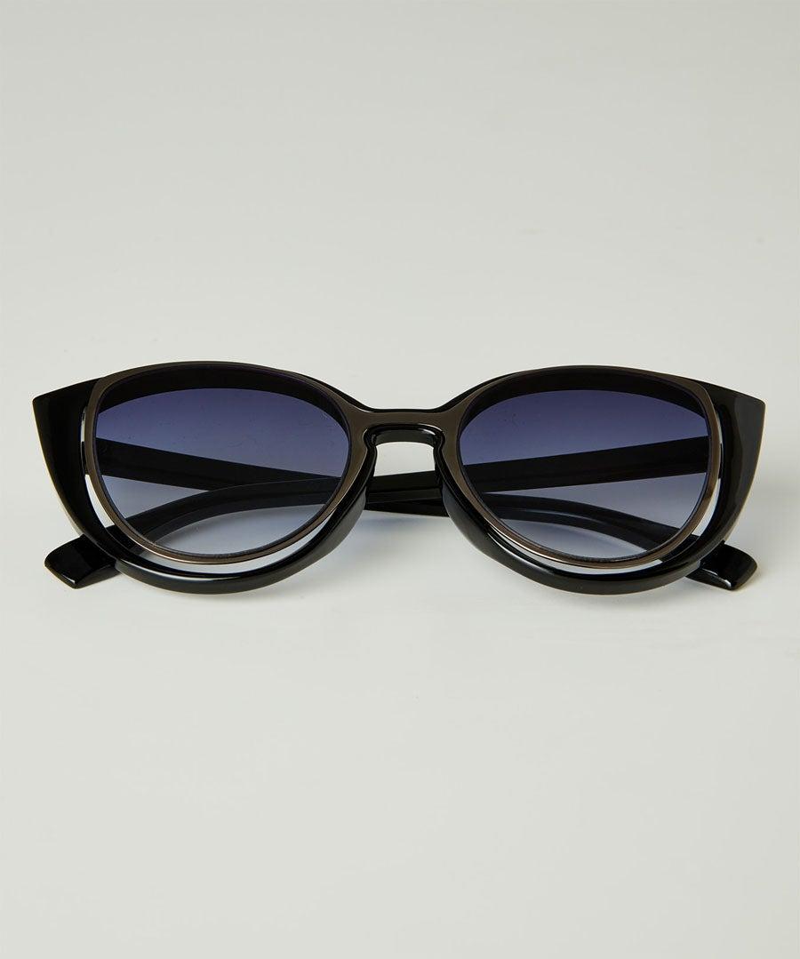 Split Lens Vintage Sunglasses Model Front