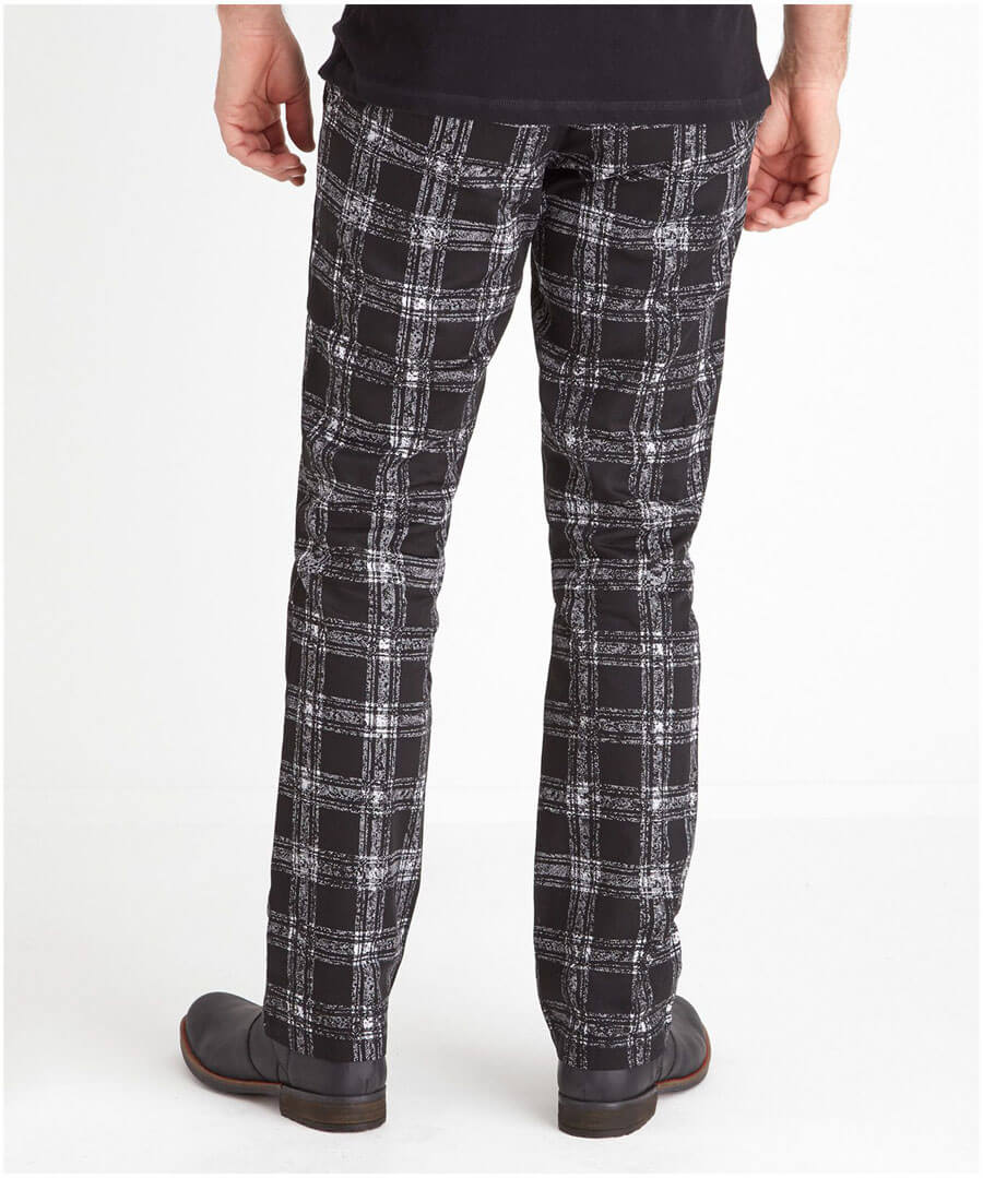 Easy Check Trousers Model Back
