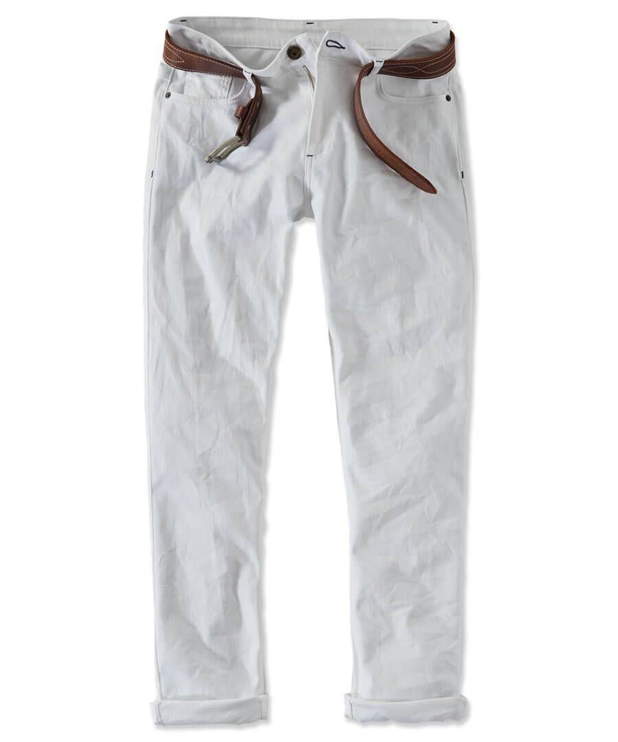 The Classic Jeans Model Front