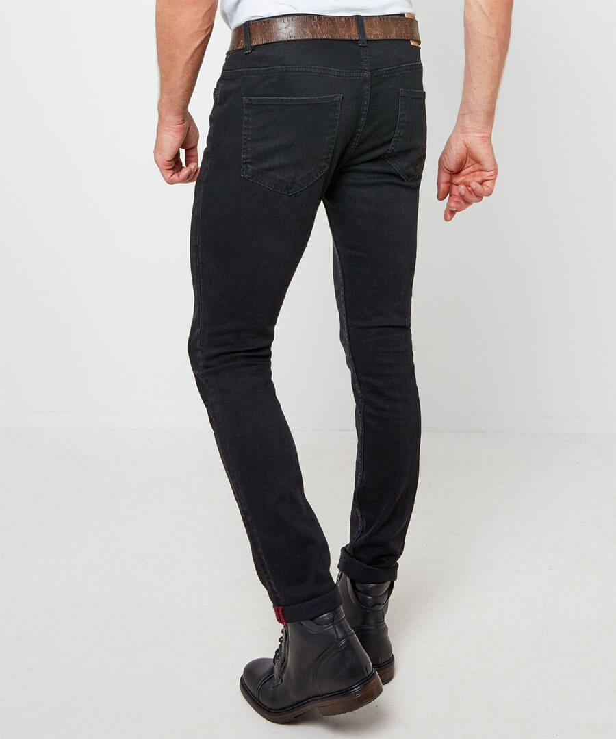Sensational Skinny Jeans Model Back