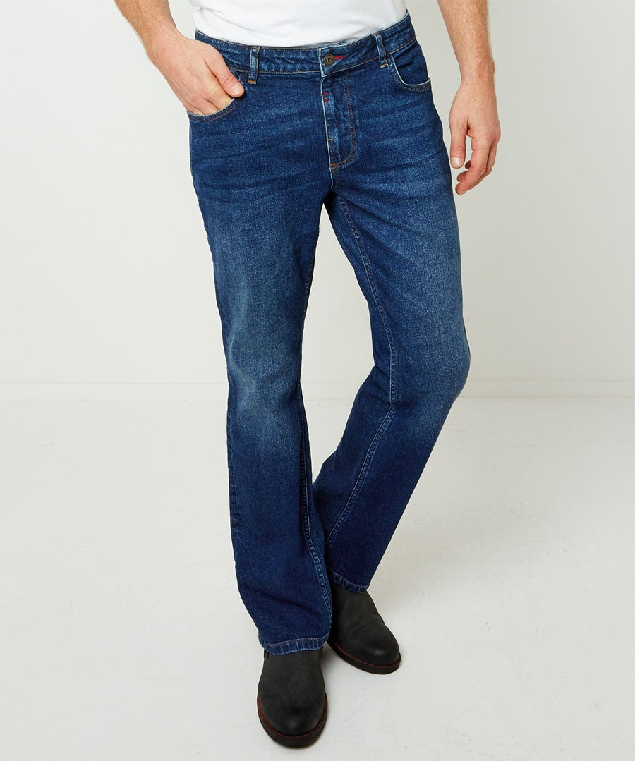 Sustainable Straight Jeans Model Front