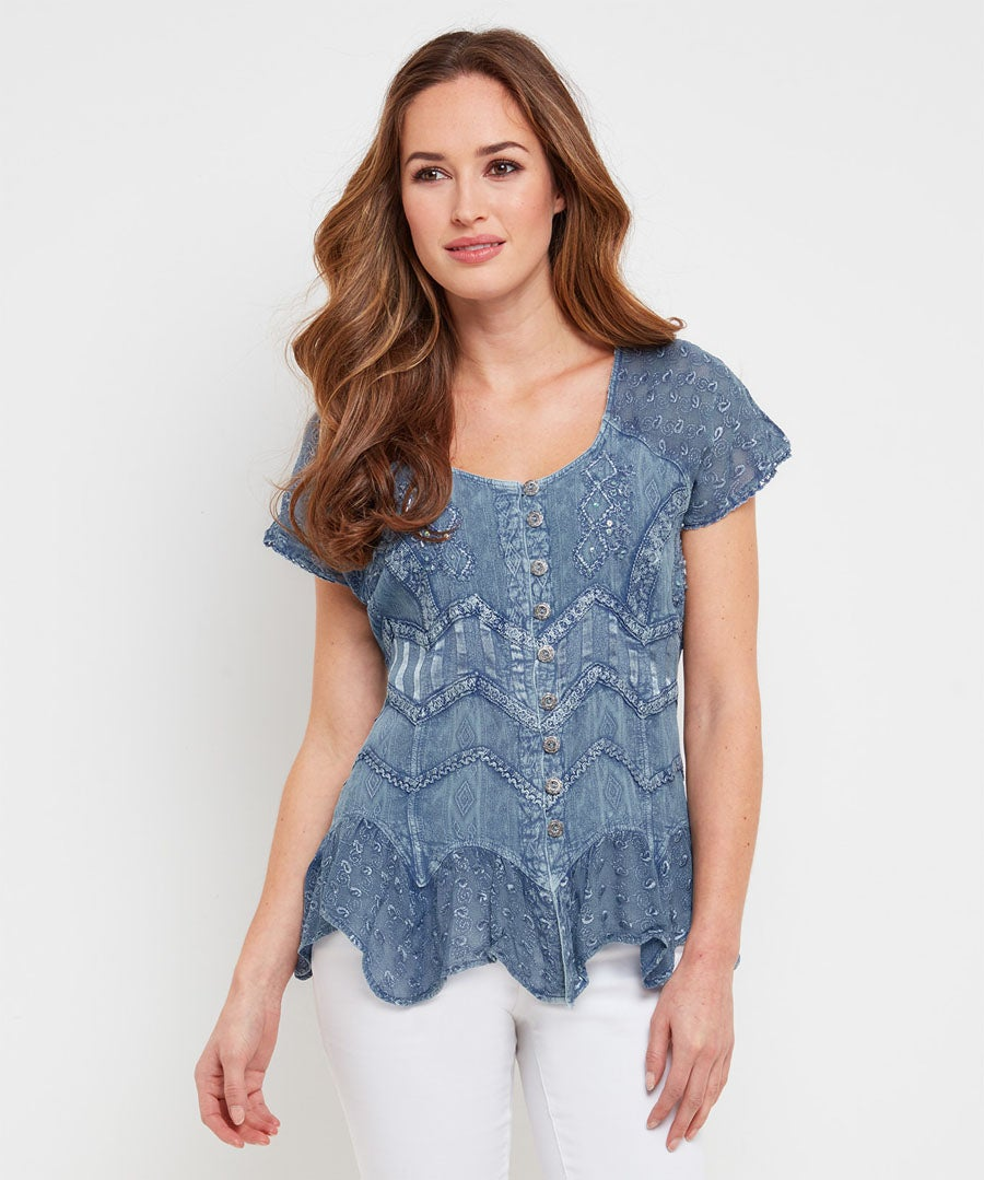 Pretty Summer Blouse Model Front