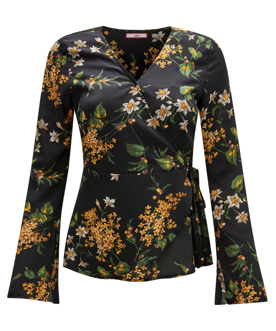 On A High Blouse Model Front