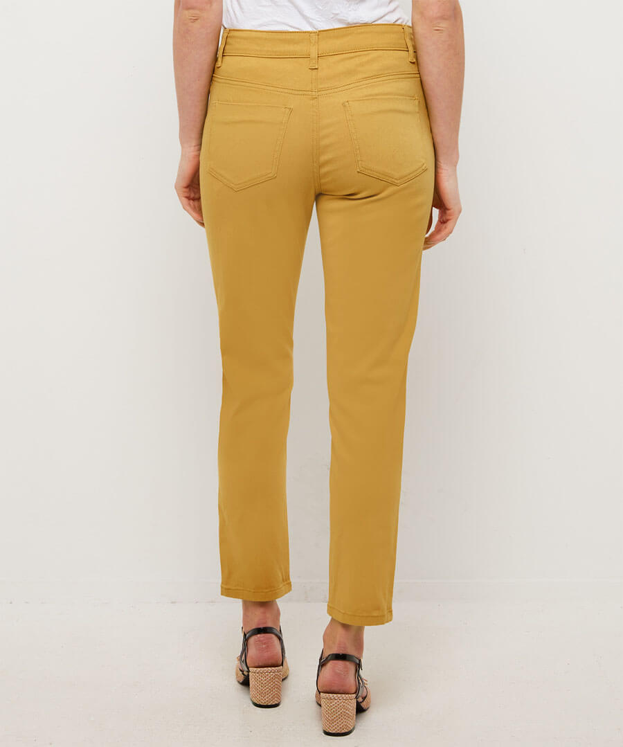 Castelldefels Chino Trousers Model Back