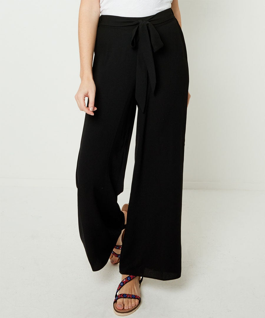 Capsule Collection Wide Leg Trousers Model Front