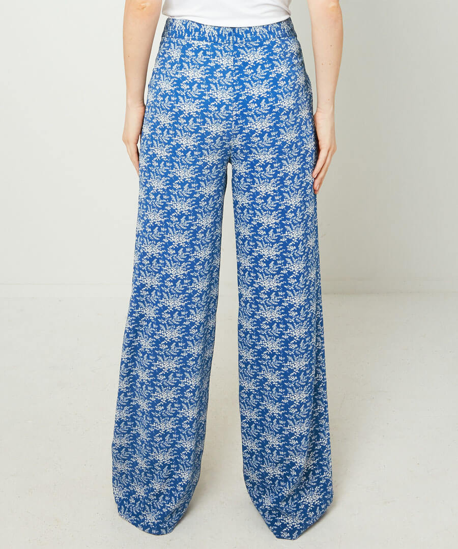 Pretty Printed Trousers Model Back