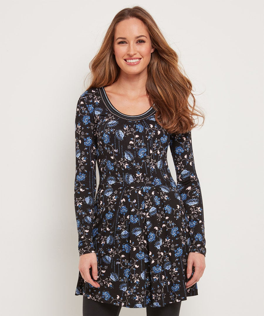 Cool And Casual Tunic Model Front