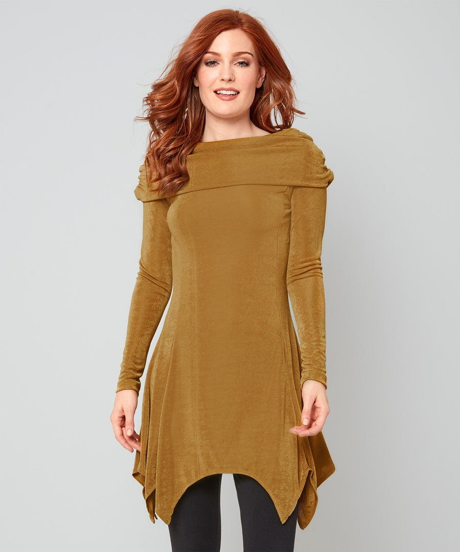 Super Slinky Tunic Model Front